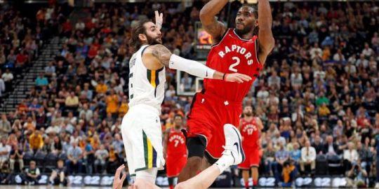 Kawhi Leonard and Raptors take on Cavaliers in home opener