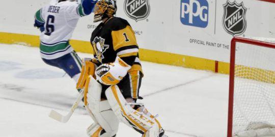 Boeser's OT winner lifts Canucks by Penguins 3-2