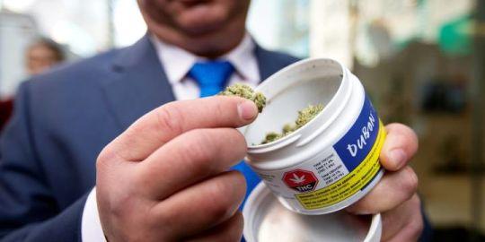 As Canada Post prepares to strike, Ontario Cannabis Store considering alternatives to meet demands