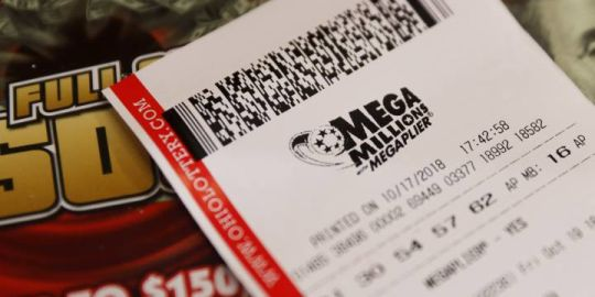 Mega Millions jackpot in U.S. soars to $970M as draw approaches