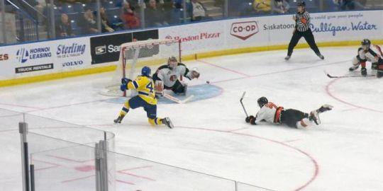 Maier makes 37 saves in Saskatoon Blades win over Medicine Hat Tigers