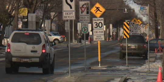 Residents and drivers question massive amount of traffic signs on south Edmonton street