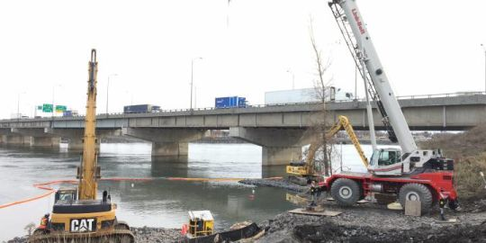Longueuil begins dumping sewage into St. Lawrence River