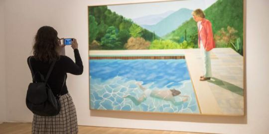 David Hockney painting auctions off for more than any living artist's work ever has