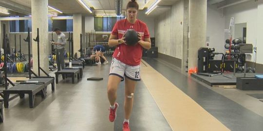 Winnipeg pro hoopster trying to rebound after knee surgery