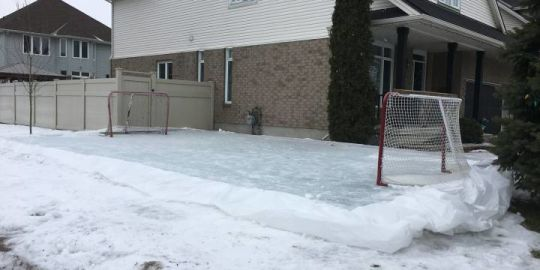 Backyard rink boards taken down, rink remains after neighbour calls bylaw