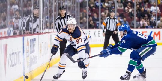 Back off! Edmonton Oilers coach wants 'tug of war' to stop against Connor McDavid
