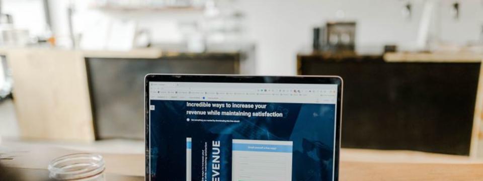 【システムエンジニア】販売物流システムにおける、Webシステム開発/テスト