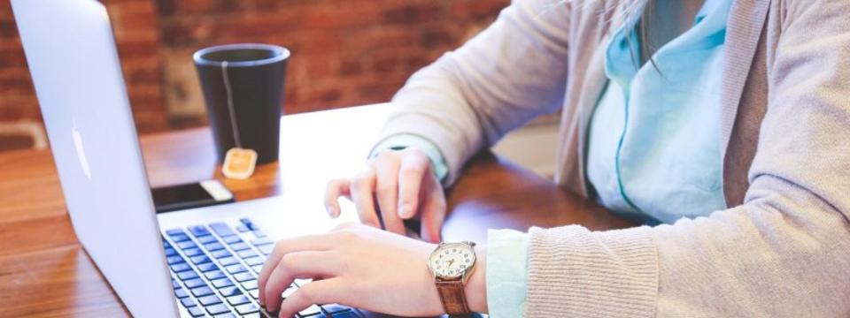【フロントエンドエンジニア】HRの常識を変えるエンジニアを募集