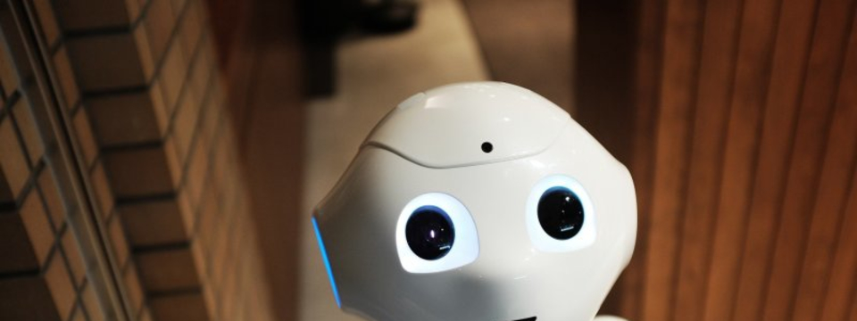 【アプリケーションエンジニア】 ロボット・ドローンなど最先端テクノロジーを取り入れたWebサービスの開発
