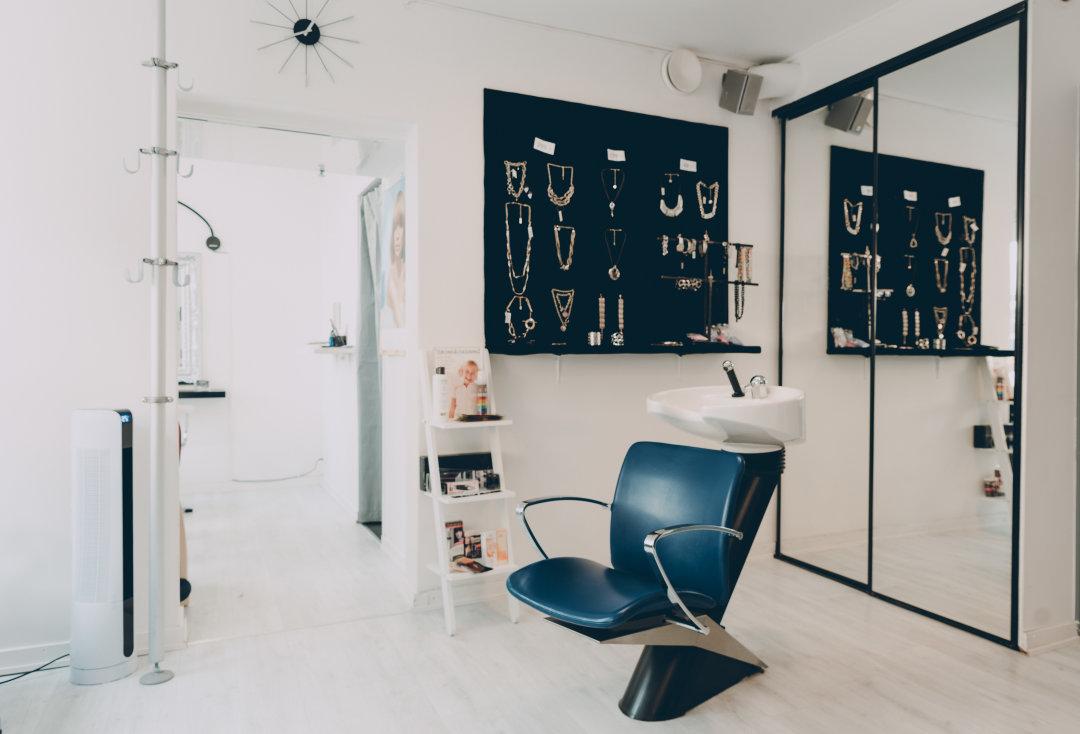 tinas hårstudio sundbyberg