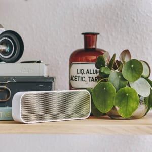 KREAFUNK aGROOVE white edition speaker