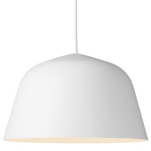 Muuto Ambit lampe hvit