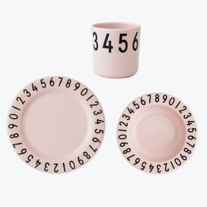 Design letters melamin servise the numbers rosa