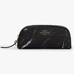 Wouf beauty bag black marble liten