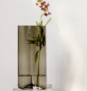 Menu Aer Vase Smoke 49cm