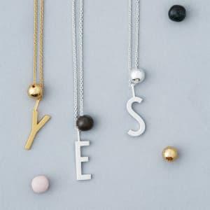 Design Letters kjede sølv