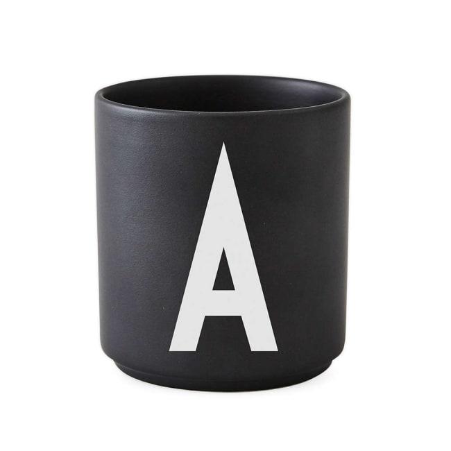 Topp Design Letters krus Arne Jacobsen A-Z sort | Ting OW-26