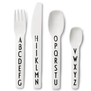 design letters bestikk tritan hvit