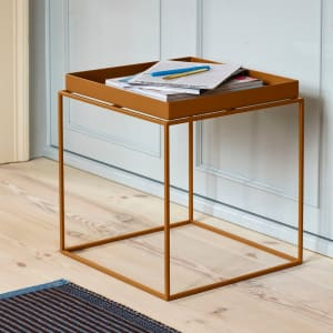 Hay Tray Table Toffee 40x40 cm