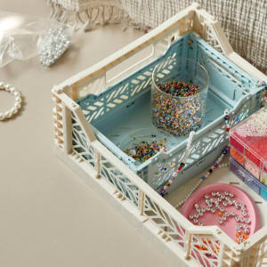 Hay Colour Crate M Offwhite