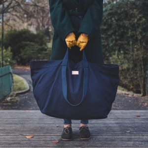 und carry on veske giant tote navy