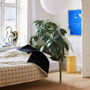 Hay Sengeteppe Mega Dot 245x235 Black/Cream