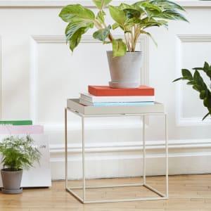 Hay Tray Table Hvit 40x60 cm