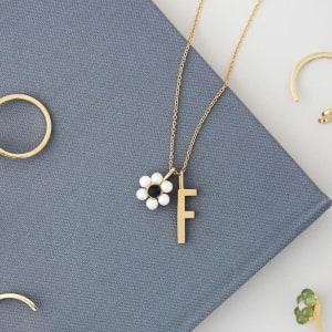 Design Letters Charm Blomst Perle/Gull