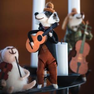 UND Filtfigur Halvdan Gitarhund
