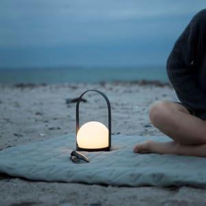 Menu led lampe carrie sort