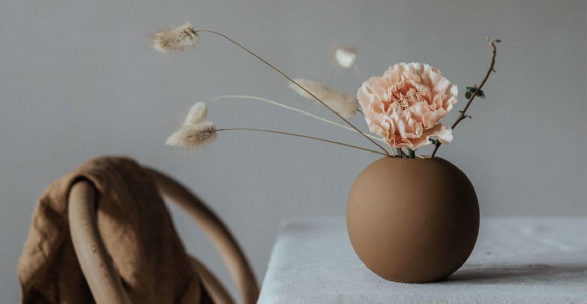 Ball vase coconut fra Cooee