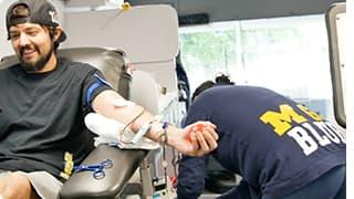 A gentlemen donating blood