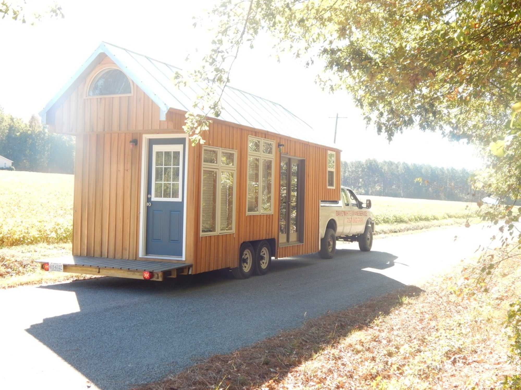fifth wheel tiny house with 3 bedrooms