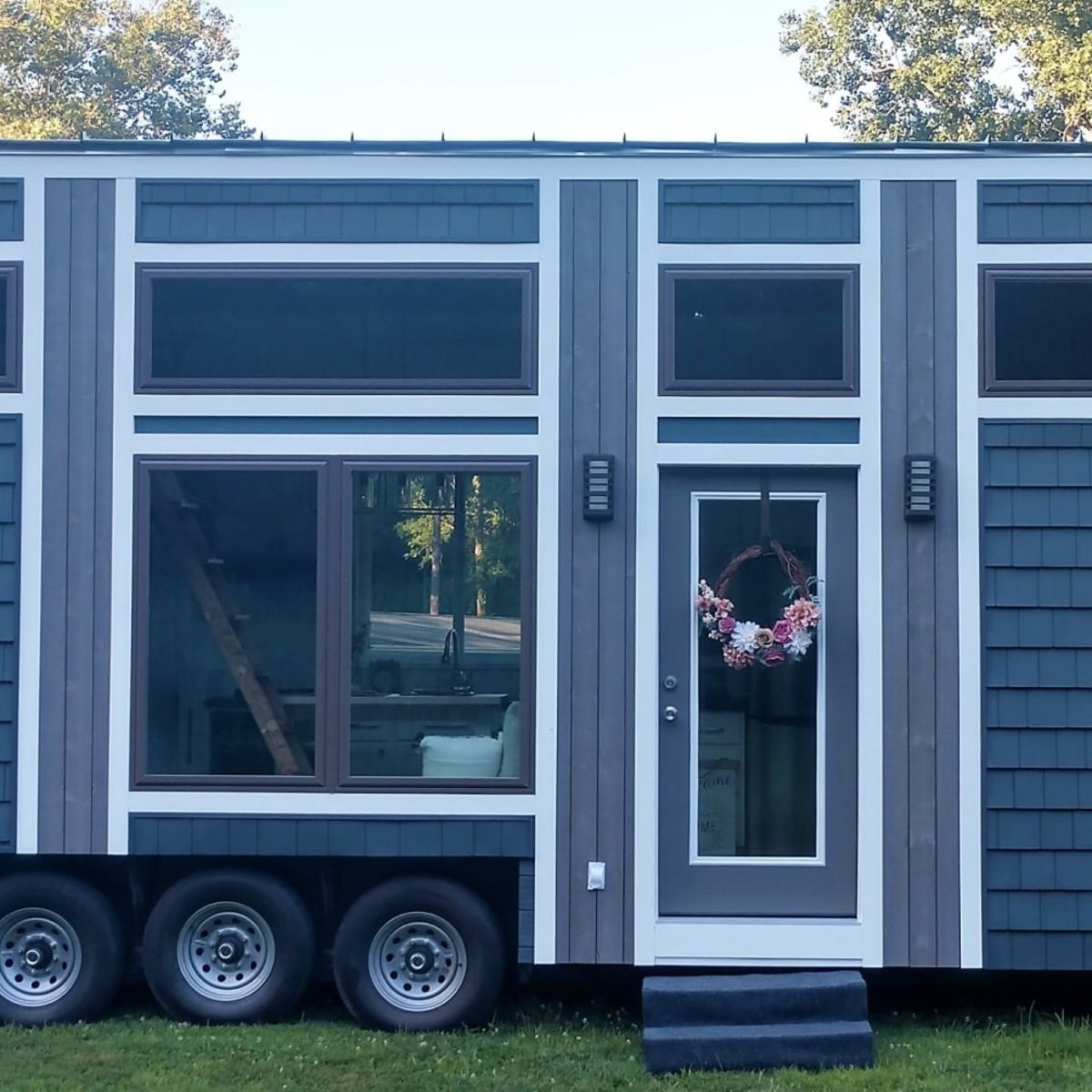 Kitchen Cabinets Evansville In: Tiny House For Sale In EVANSVILLE
