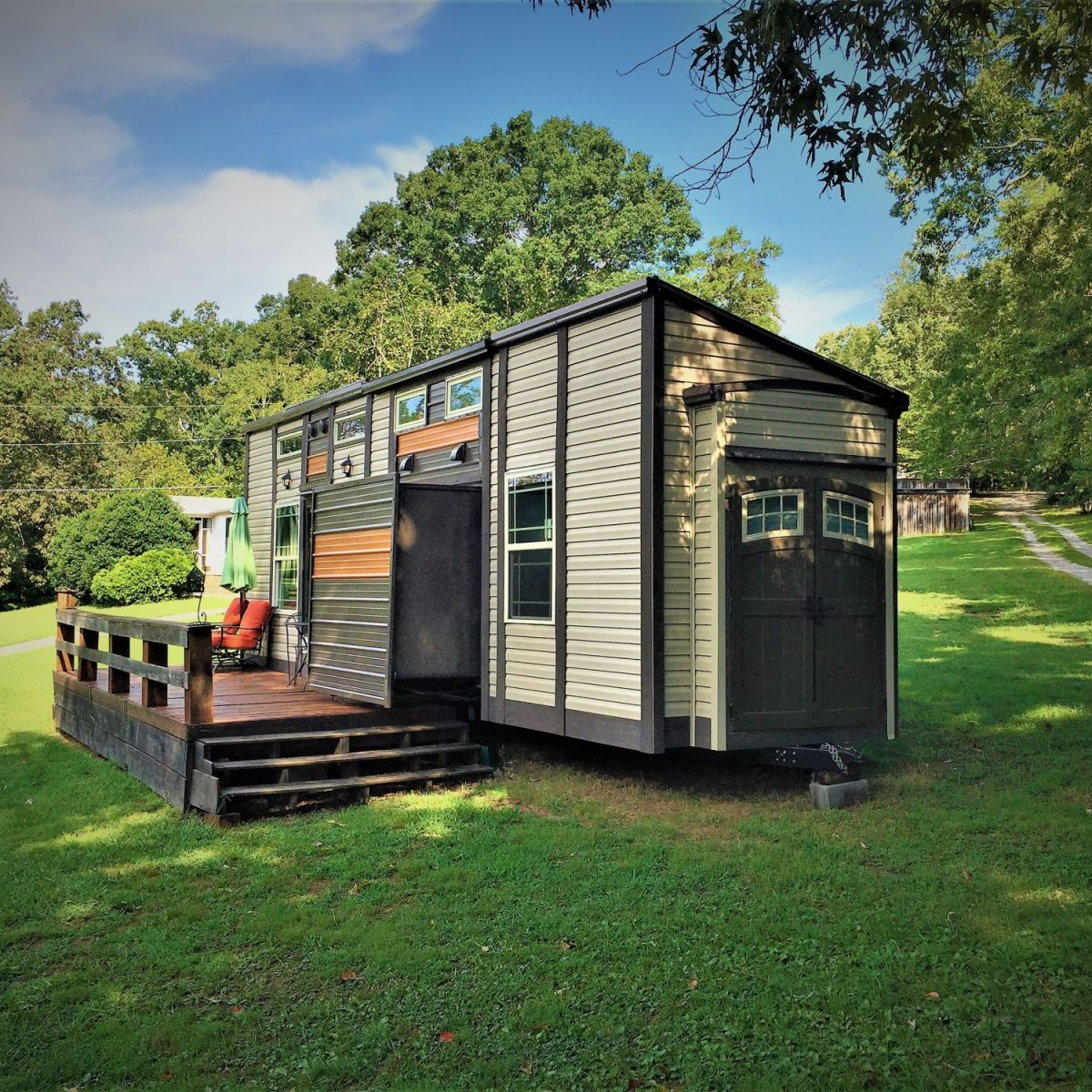 Turn Key Luxury Tiny House on Wheels - Tiny House for Sale in Knoxville,  Tennessee - Tiny House Listings
