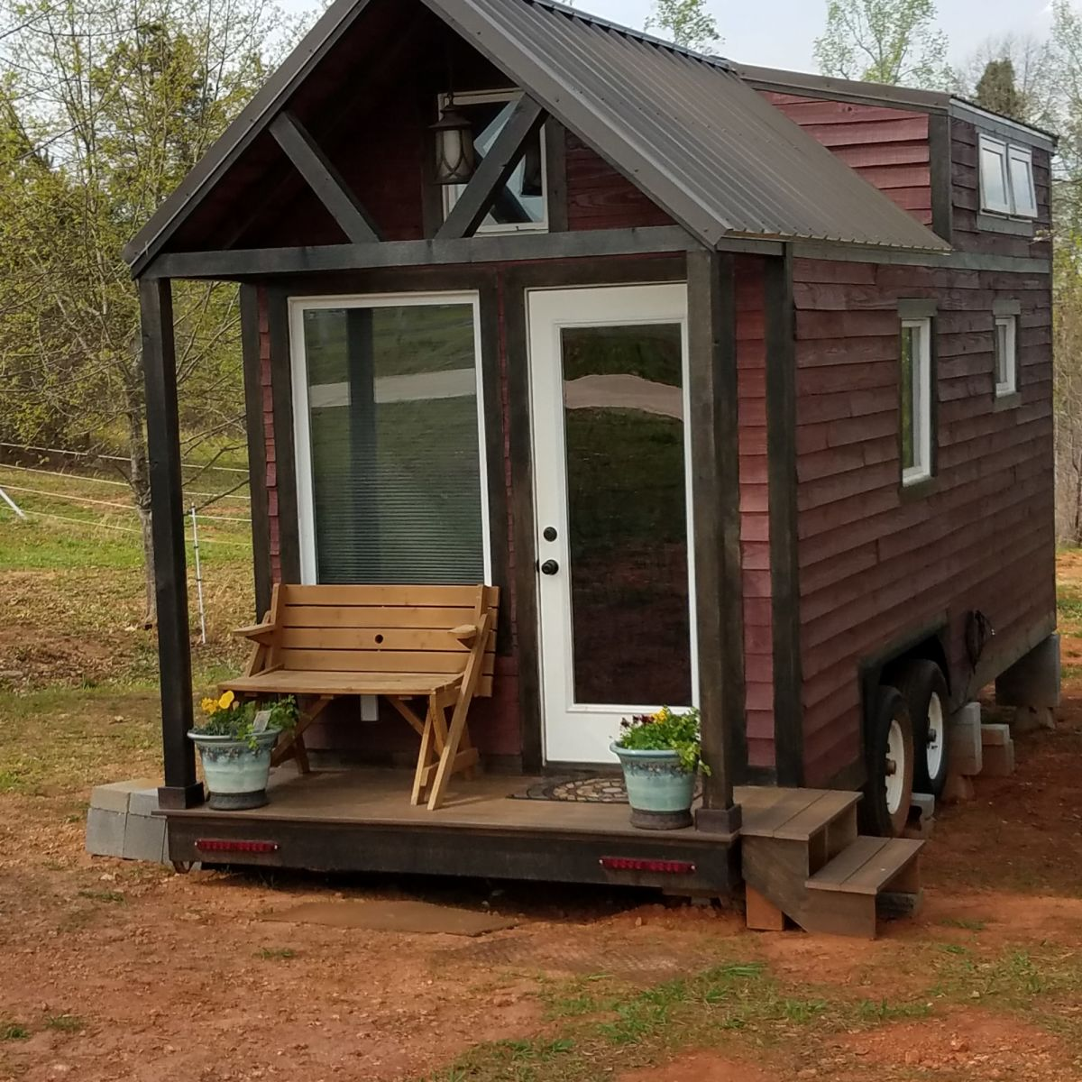 Sale Pending The Cedar Delight Thow Tiny House For Sale