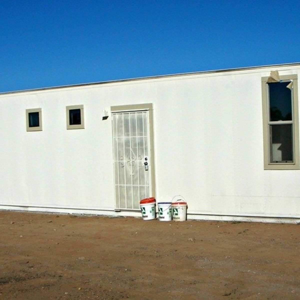 Aluminum Shipping Container Home 48'