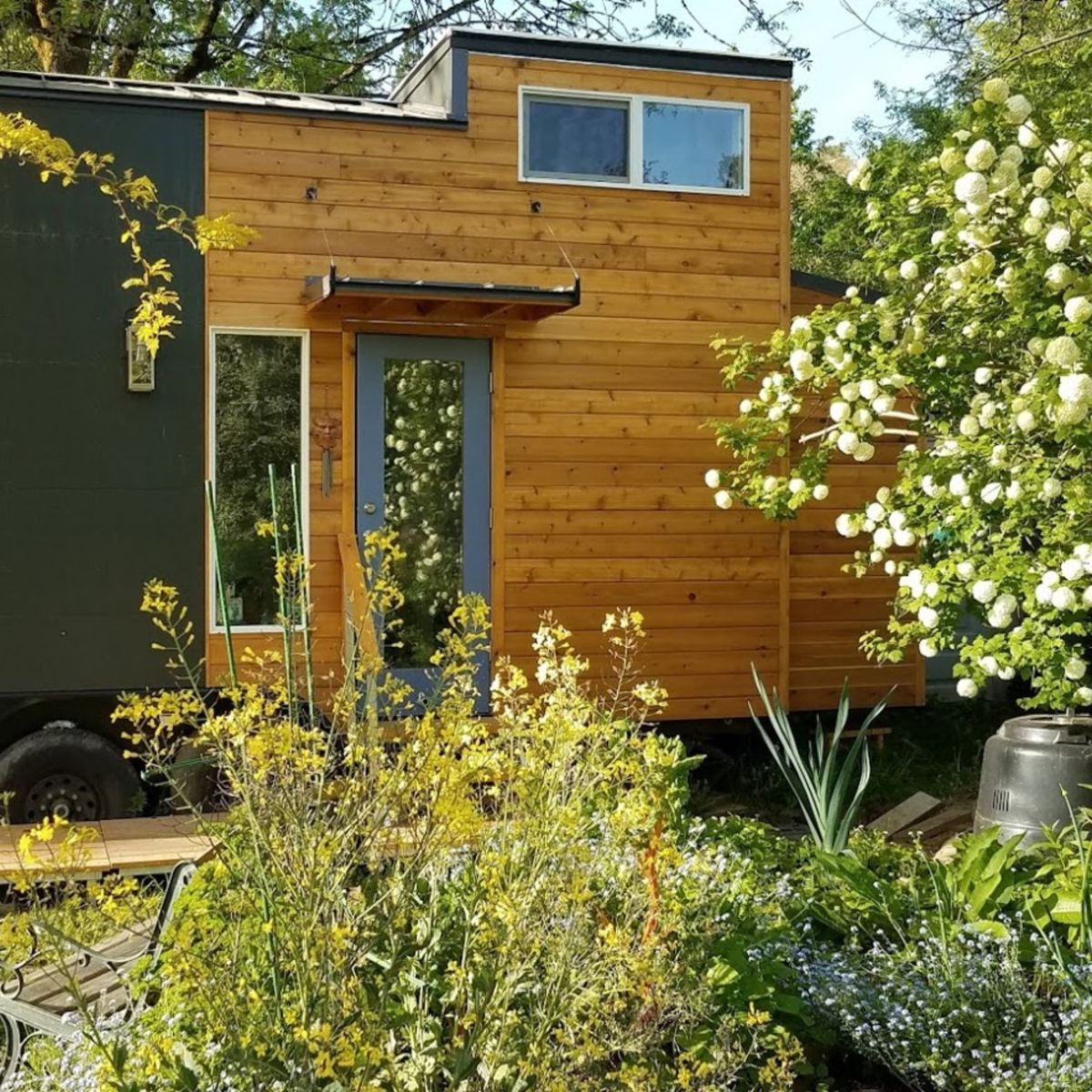 2 Bedroom 31 Luxury Tiny House On Wheels For Sale Tiny House For Sale In Portland Oregon Tiny House Listings