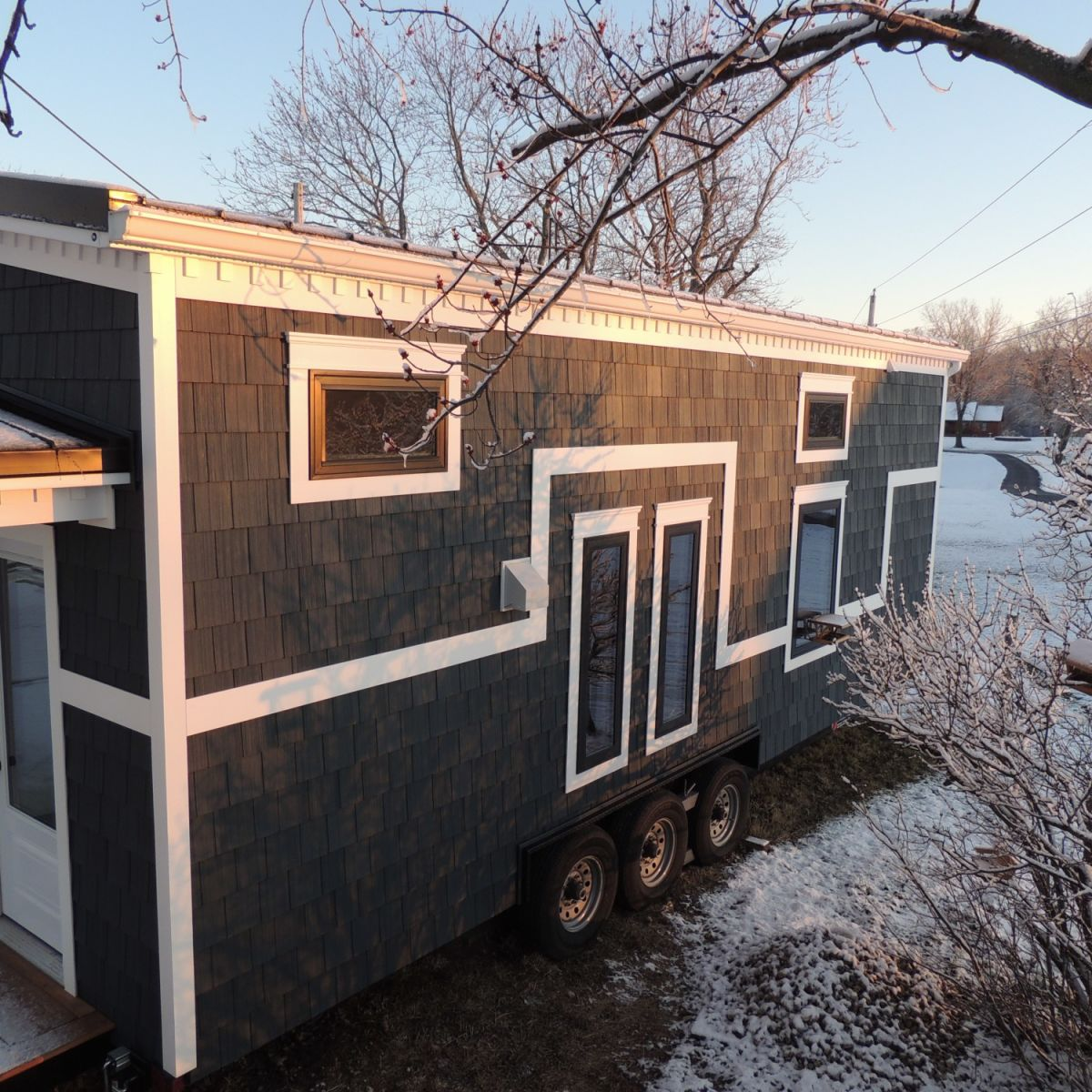 Beautiful Tiny Home with Downstairs Bedroom and Bathtub! - Tiny House for  Sale in huntington, Indiana - Tiny House Listings