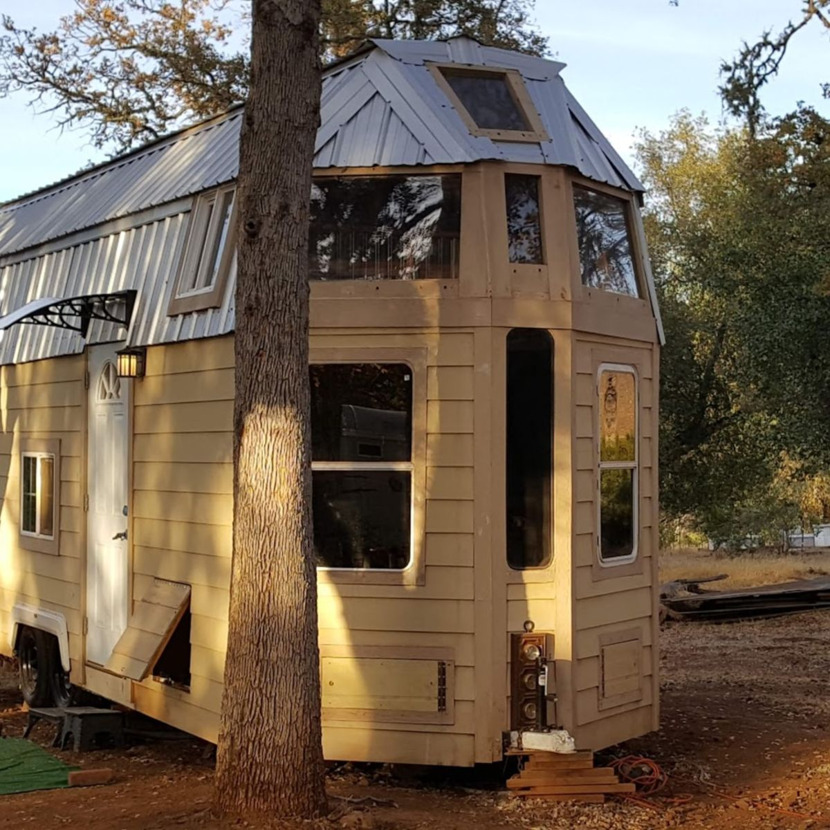 QUANTUM HOUSE on Wheels or Foundation. (We Deliver!) - Tiny House for Sale  in Clearlake Oaks, California - Tiny House Listings
