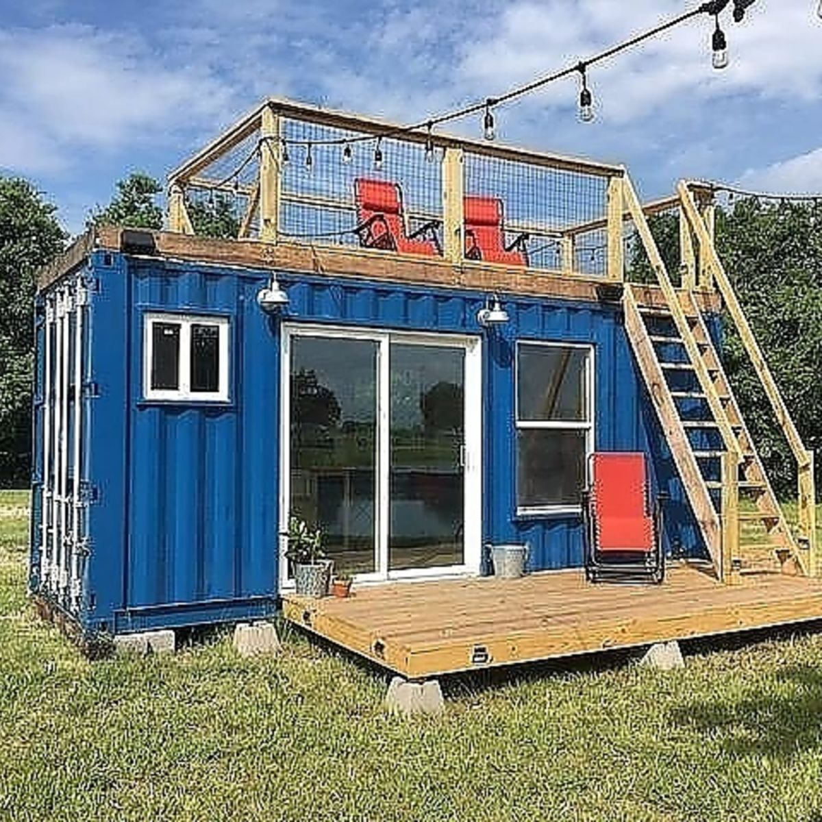 20' Rustic Retreat Shipping Container
