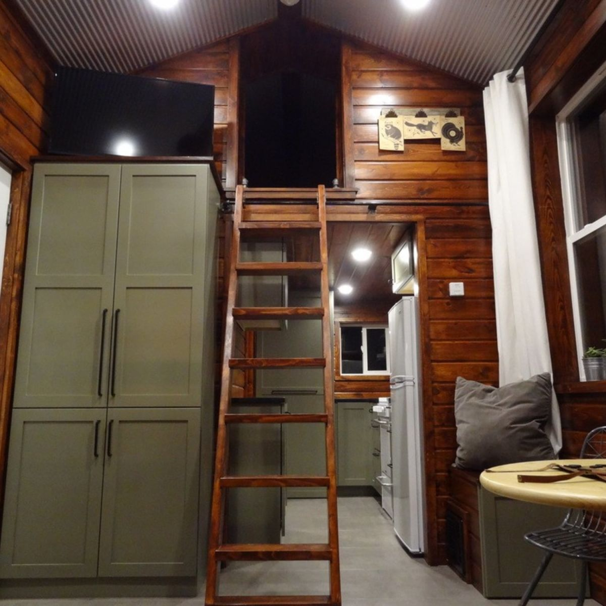 Self Contained Tiny Cabin House Man Cave Cabin For Sale