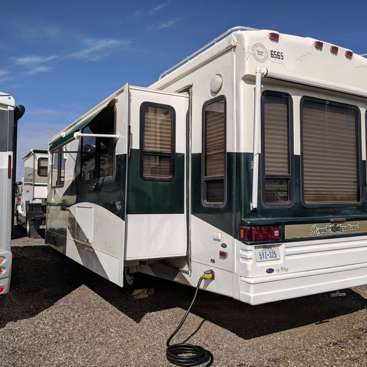 440 Sq Ft 5th Wheel/tiny Home With Luxury Finishes