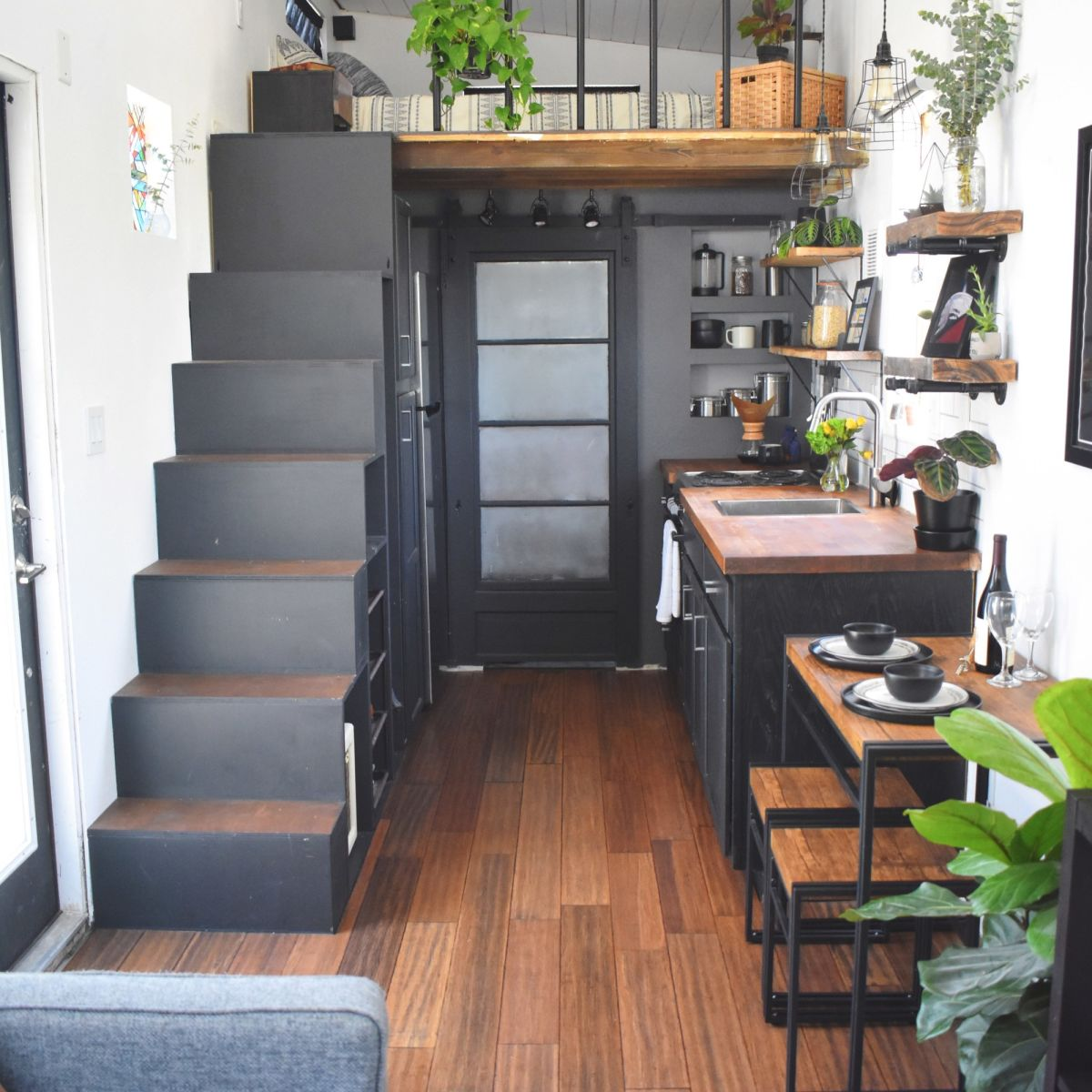 REDUCED PRICE Fully Furnished 26ft Tiny House In Orlando