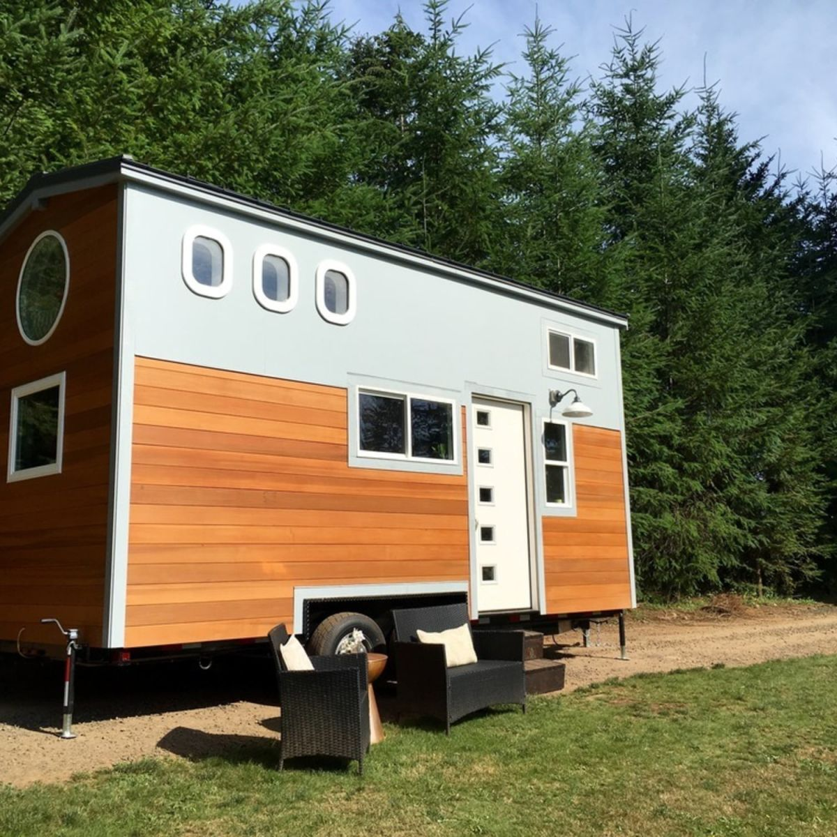 Two Bedroom Travel Trailer: Tiny House Hight Flyer