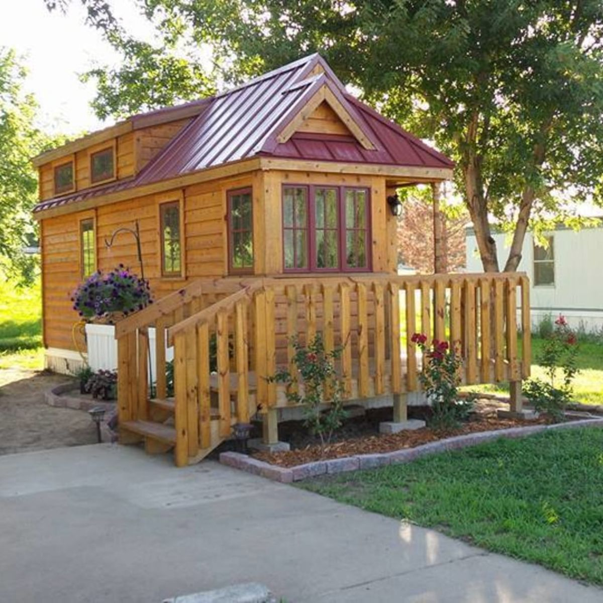 Manhattan Ks Apartments: Tiny House For Sale In Manhattan, Kansas