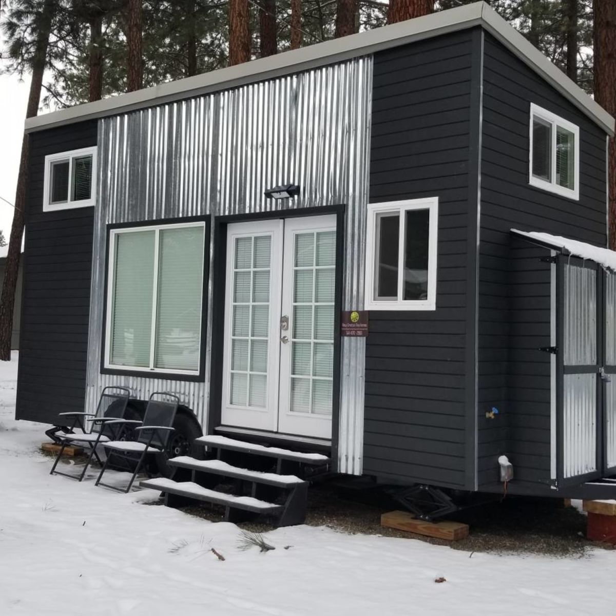 Milagro Custom Tiny House - New Construction - Customize Your Interior -  Tiny House for Rent in Sisters, Oregon - Tiny House Listings