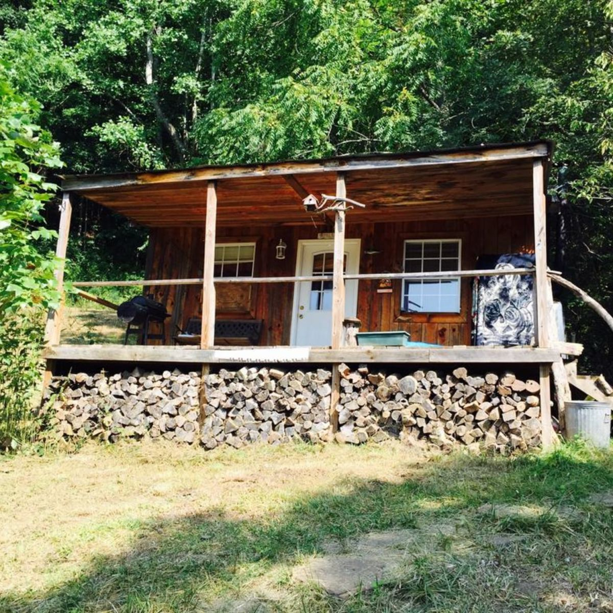 Wondrous Tiny Home In The Mountains Tiny House For Sale In Bakersville North Carolina Tiny House Listings Download Free Architecture Designs Remcamadebymaigaardcom