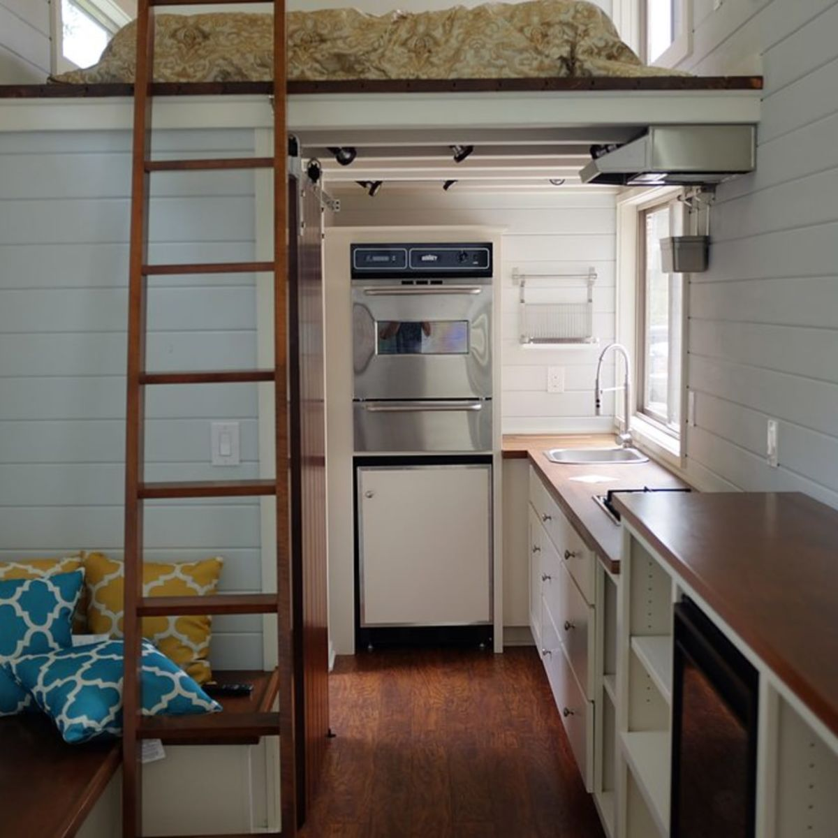 22' 240 Square Foot Tiny House